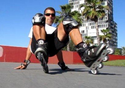 Aprender rápido a caer y levantarse patinando